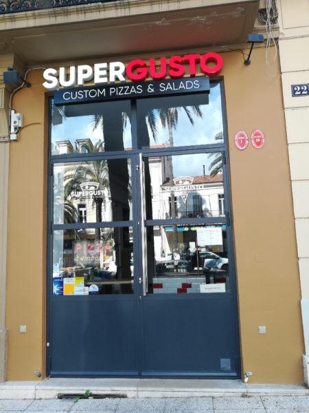 SUPER GUSTO